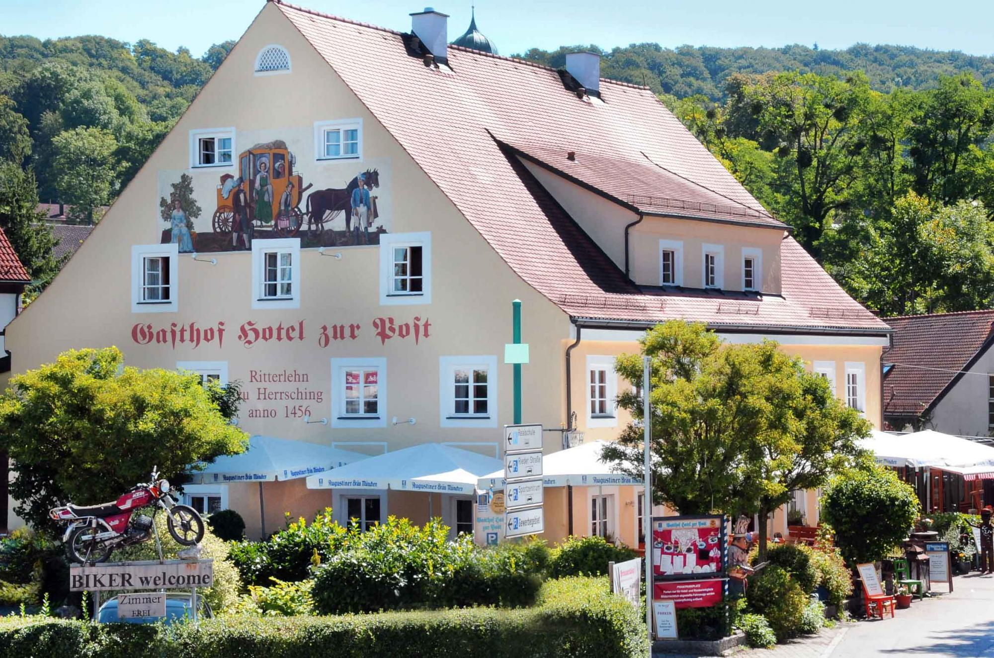 Hotel Gasthof zur Post in Herrsching