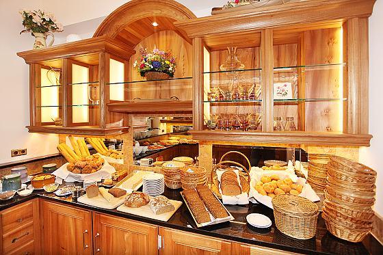 Alpenhof - Frühstück