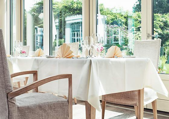 Schloßgut Oberambach - Gastronomie