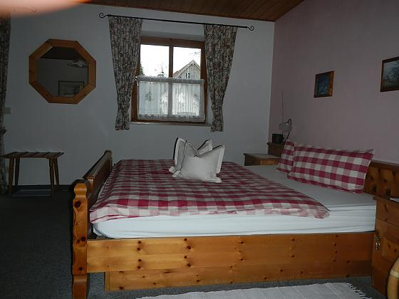 3-Bett-Zimmer,25qm