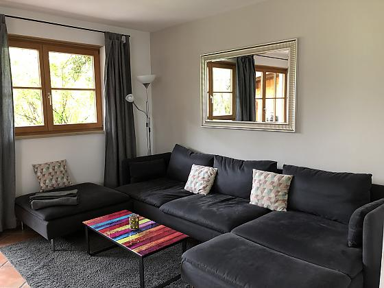 Wohnzimmer mit K�che