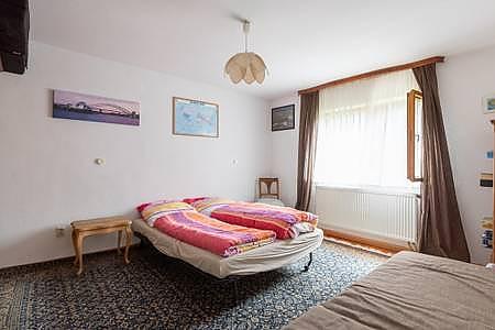 5 Bedrooms / 5 Schlafzimmer