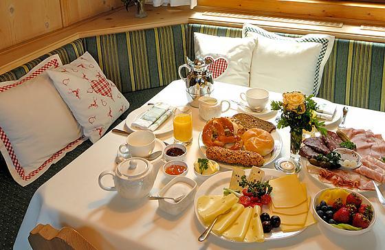 Hotel Alpenhof Gauting - Frühstück