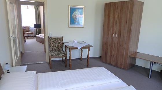3 Bett Superior Zimmer